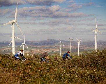 Cyclists and windturbines